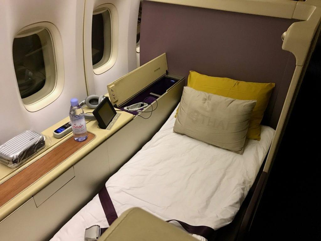 Thai First Class, färdigbäddad säng