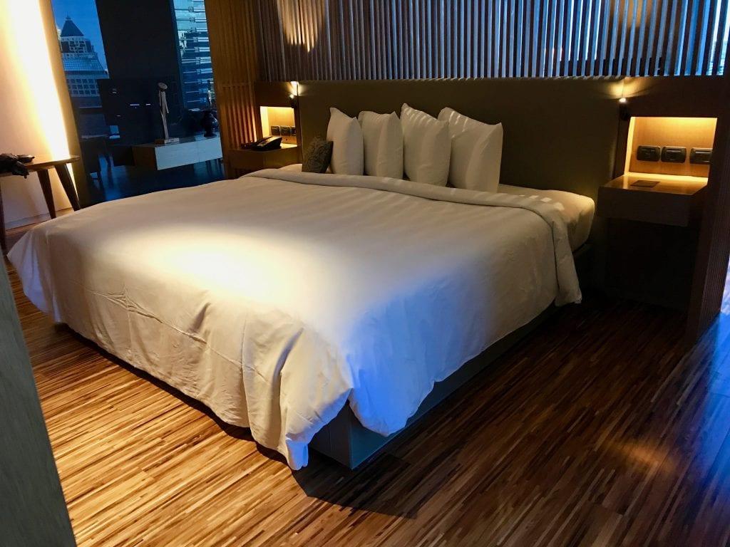 Den massiva sängen, So Sofitel Bangkok