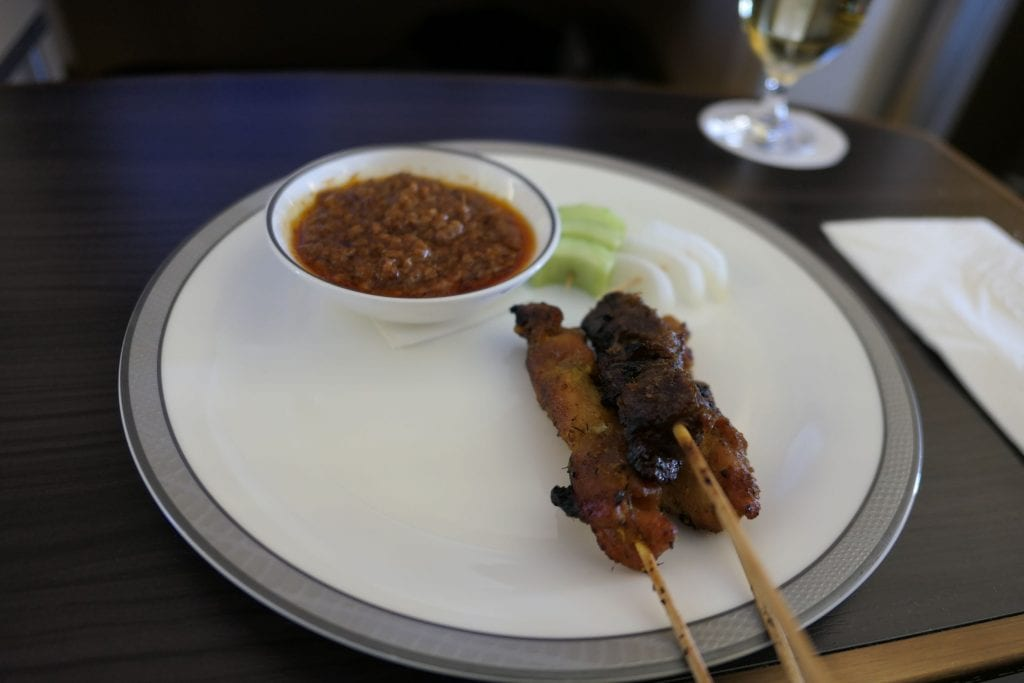 Blandning av Satay, Singapore First